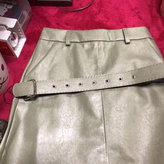 グレイル(GRL)のインパン・ベルト付きレザーミニスカート(ミニスカート)