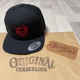 テンダーロイン(TENDERLOIN)の本店限定! TENDERLOIN トラッカー キャップ PFP ブラック 黒 赤(キャップ)