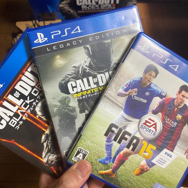 PlayStation4(プレイステーション4)の今日限定23000円 BO3版 PS4本体 1TB エンタメ/ホビーのゲームソフト/ゲーム機本体(家庭用ゲーム機本体)の商品写真