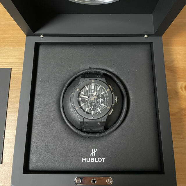 HUBLOT(ウブロ)の美品⭐︎HUBLOTビッグバン⭐︎ブラックマジックエボリューション メンズの時計(腕時計(アナログ))の商品写真