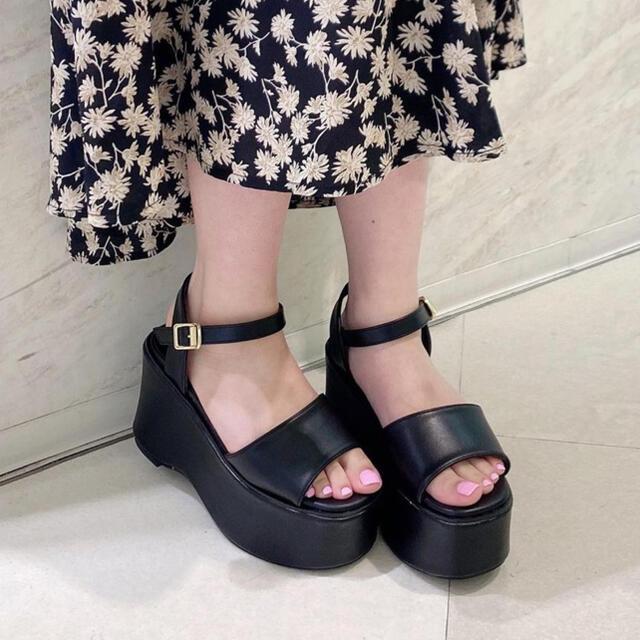 evelyn(エブリン)のアンミール AnMILLE 厚底ウェッジソールサンダル レディースの靴/シューズ(サンダル)の商品写真