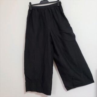 センソユニコ(Sensounico)のUSED センソユニコ 慈雨 シンプルブラックのさらっと涼やかなリラックスパンツ(カジュアルパンツ)
