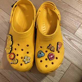 クロックス(crocs)のcrocs✖️drew コラボサンダル(サンダル)