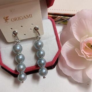 新品未使用 艶ありグレー真珠連なりイヤリング(イヤリング)