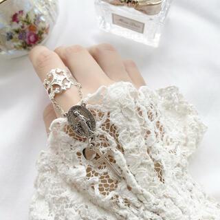 1 silver ring マリア様
