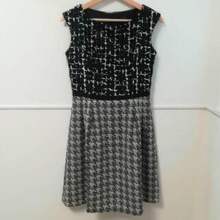 トッカ(TOCCA)のTOCCA POSYドレス.(ひざ丈ワンピース)