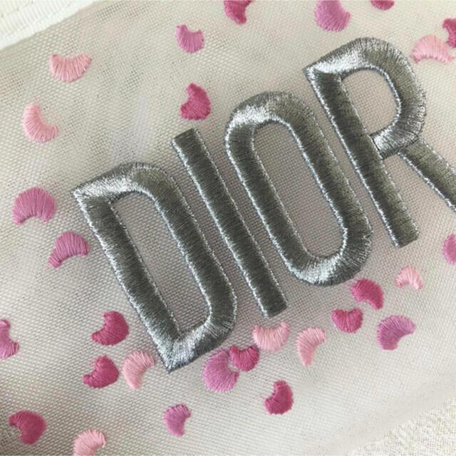 Dior(ディオール)のDior ディオール ノベルティ ポーチ 刺繍 メッシュ 新品未使用品 レディースのファッション小物(ポーチ)の商品写真