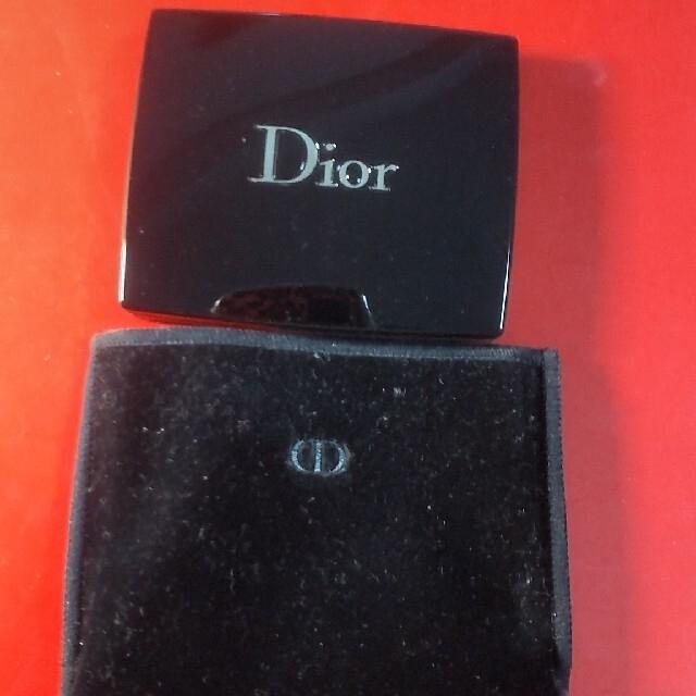 Dior(ディオール)のDior サンククルールアイシャドウ #827 限定カラー コスメ/美容のベースメイク/化粧品(アイシャドウ)の商品写真
