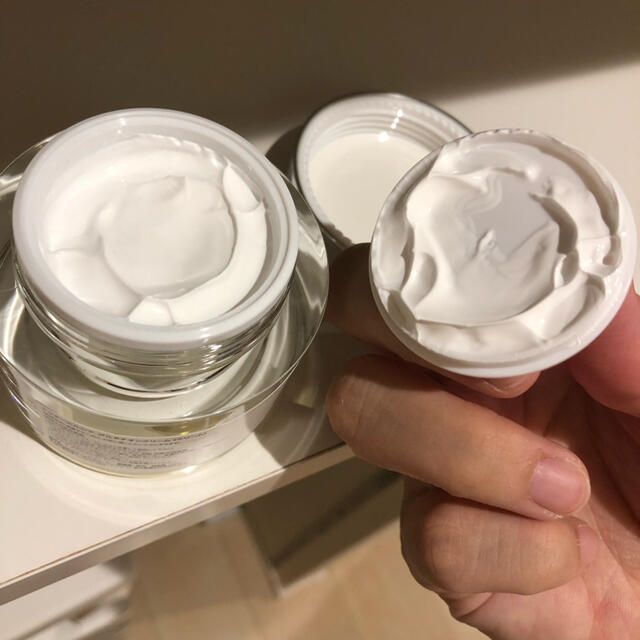 ドクターエルシア グルタチオンクリーム コスメ/美容のスキンケア/基礎化粧品(フェイスクリーム)の商品写真