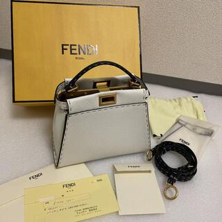 フェンディ(FENDI)のFENDI フェンディ ミニピーカブー ホワイト 限定(ハンドバッグ)