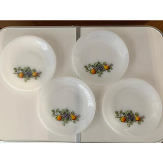 アルコパル ミルクガラス りんごと洋梨ガラス 18.5センチ4枚セット(食器)