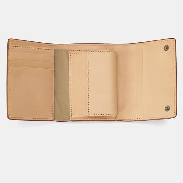 MUJI (無印良品)(ムジルシリョウヒン)のMUJI 無印良品 イタリア産ヌメ革 三つ折り財布 メンズのファッション小物(折り財布)の商品写真