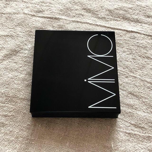 MiMC(エムアイエムシー)のMIMIC ビオモイスチュアシャドー4D 02 グラウンドブラウン コスメ/美容のベースメイク/化粧品(アイシャドウ)の商品写真