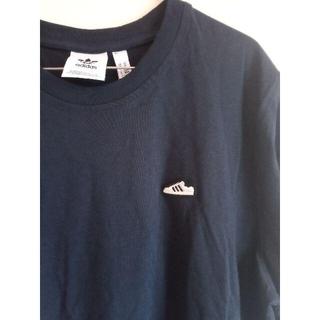 adidas - 【新品】アディダス ワンポイント Tシャツ Mサイズです!