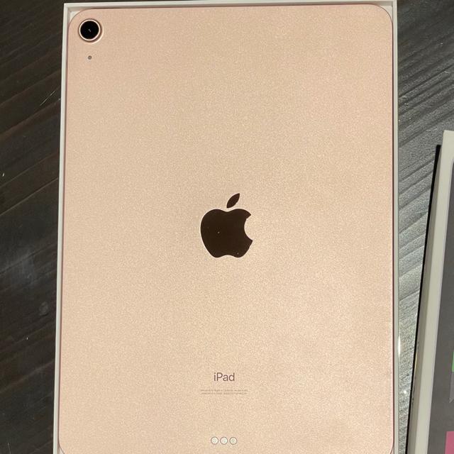 Apple(アップル)のiPad air4 64g wifiモデルローズゴールド 付属品箱付き 本体 スマホ/家電/カメラのPC/タブレット(タブレット)の商品写真