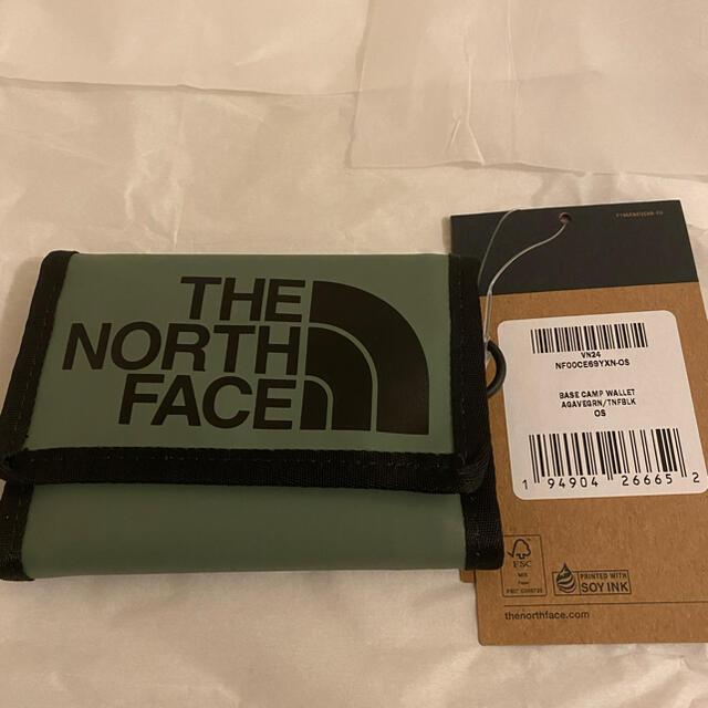 THE NORTH FACE(ザノースフェイス)のノースフェイス ベースキャンプウォレット 3つ折り財布 グリーン  メンズのファッション小物(折り財布)の商品写真