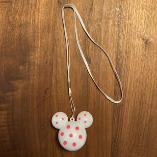 Disney - 新品 ディズニー ミニーマウス 光るペンダント