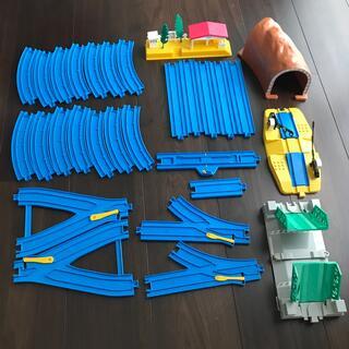 トミー(TOMMY)のプラレール 踏切 はね橋 駅 トンネル まとめ売り(電車のおもちゃ/車)