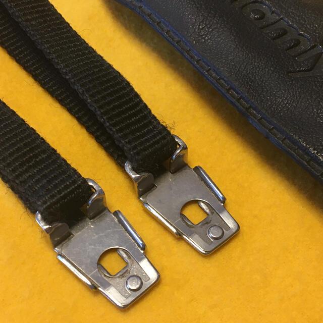 USTMamiya(マミヤ)のストラップ mamiya 645 マミヤ M645 取り付け金具 スマホ/家電/カメラのカメラ(フィルムカメラ)の商品写真