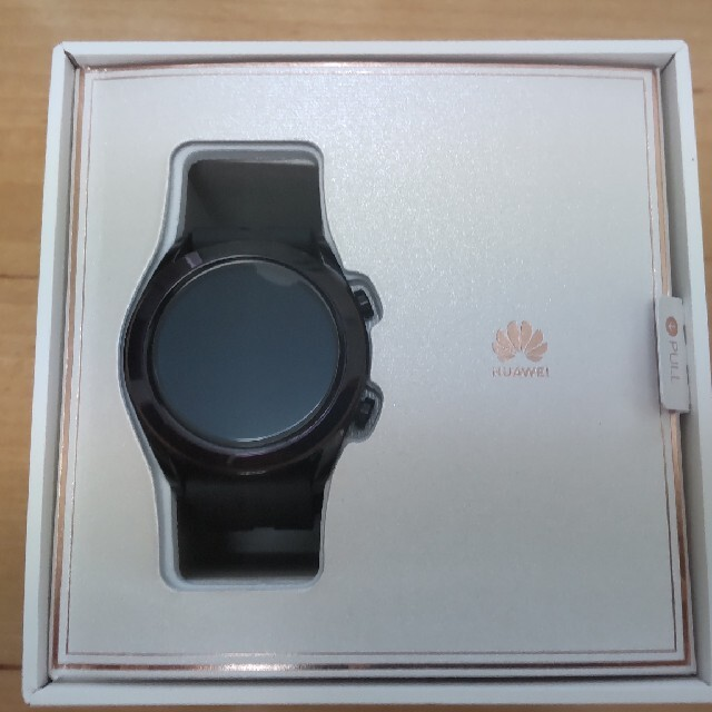 HUAWEI(ファーウェイ)の【良品・おまけ付】HUAWEI WATCH GT 42mm ブラック メンズの時計(腕時計(デジタル))の商品写真
