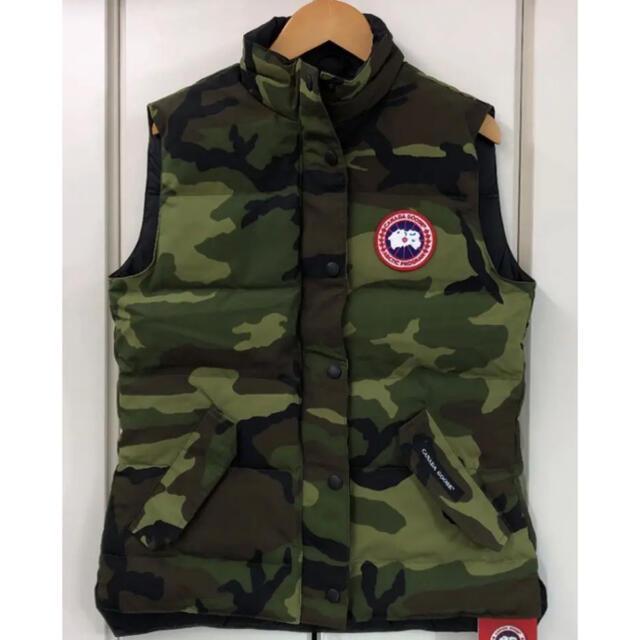 CANADA GOOSE(カナダグース)の新品 国内正規品 カナダグース ダウンベスト S メンズのジャケット/アウター(ダウンベスト)の商品写真