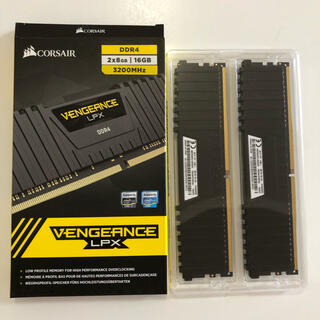 メモリCorsair DDR4-3200 16G(8GB x2)
