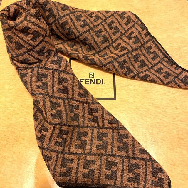 FENDI(フェンディ)のフェンディ   ハンカチスカーフ ズッカ 総柄 never dai ‼️ レディースのファッション小物(ハンカチ)の商品写真