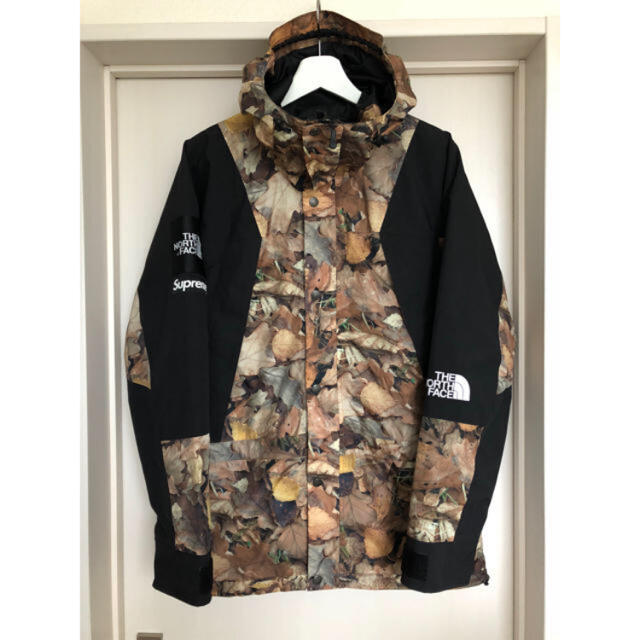Supreme(シュプリーム)の美品 国内正規品 シュプリーム ノースフェイス 枯葉 マウンテンパーカー S メンズのジャケット/アウター(マウンテンパーカー)の商品写真
