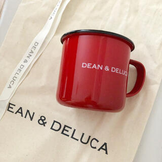ディーンアンドデルーカ(DEAN & DELUCA)のDEAN&DELUCA ホーローマグカップ ホリデー限定 赤 red(グラス/カップ)