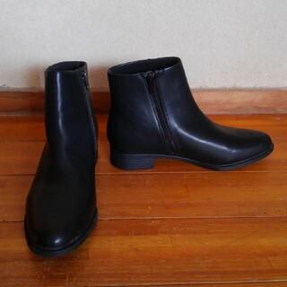 ユニクロ(UNIQLO)のショートブーツ ユニクロ ダークブラウン 25cm(ブーツ)