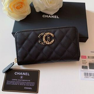 CHANEL ★ 財布