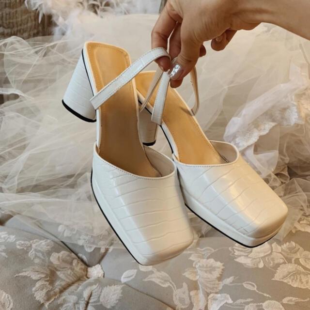 one after another NICE CLAUP(ワンアフターアナザーナイスクラップ)のtreat.urself croco leather sandals レディースの靴/シューズ(サンダル)の商品写真