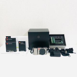 ライカ(LEICA)の【極美品】Leica TL Body ライカ チタン ミラーレス一眼 ケース付(ミラーレス一眼)