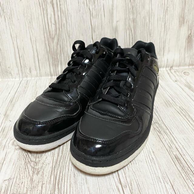 adidas(アディダス)のadidas  G28799 スリーストライプ エナメルスニーカー 26.0 黒 メンズの靴/シューズ(スニーカー)の商品写真