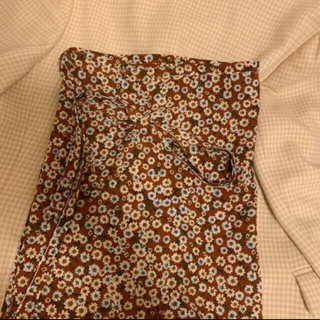 Lochie - 花柄 ラップスカート