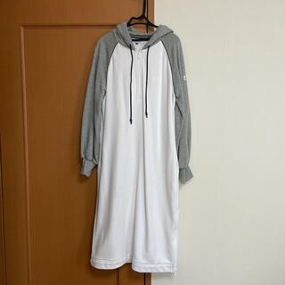 ダブルスタンダードクロージング(DOUBLE STANDARD CLOTHING)のダブルスタンダードクロージング パーカーワンピース(ひざ丈ワンピース)