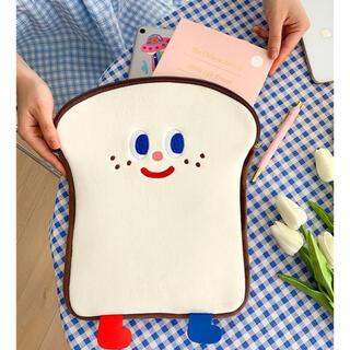 モバイルケース トーストさん 足付き ふわふわ