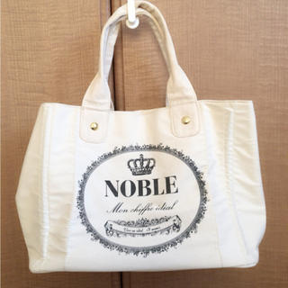 ノーブル(Noble)のハンドバッグ(ハンドバッグ)