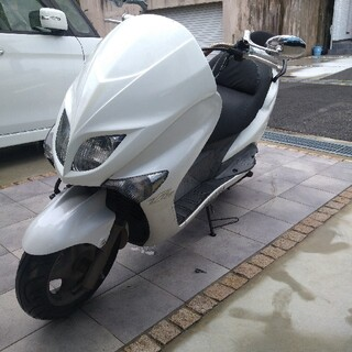 ヤマハ - マジェスティ125FI 新品タイヤ 実動車
