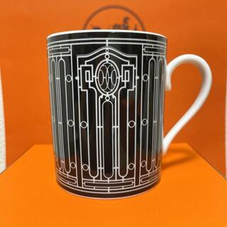 エルメス(Hermes)のエルメス Hデコ マグカップ ブラック ホワイト(グラス/カップ)