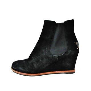 フェンディ(FENDI)のフェンディ ショートブーツ 41 黒 スエード(ブーツ)