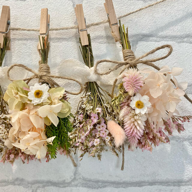ドライフラワー スワッグ ガーランド❁414 ピンク紫陽花 白スターチス 花束 ハンドメイドのフラワー/ガーデン(ドライフラワー)の商品写真