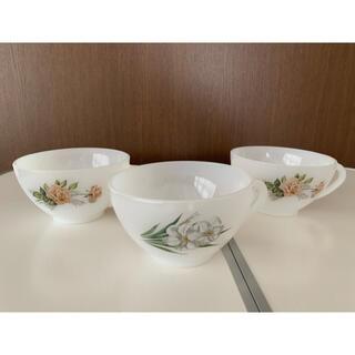 アルコパル ティーカップ3個セット ミルクガラス アンティーク(食器)