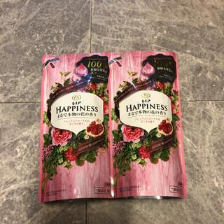ピーアンドジー(P&G)のレノアハピネス プレミアムフローラル&ざくろの香り 詰め替え(洗剤/柔軟剤)