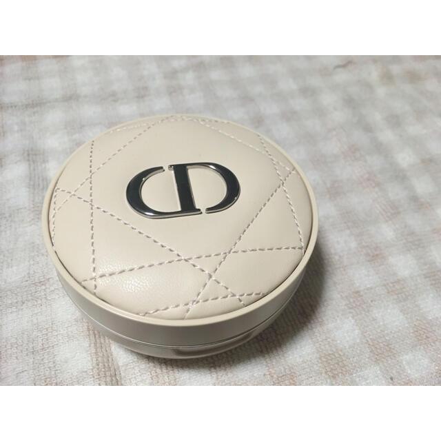 Dior(ディオール)のディオール スキン フォーエヴァー クッションパウダー ゴールデンナイツ コスメ/美容のベースメイク/化粧品(フェイスパウダー)の商品写真