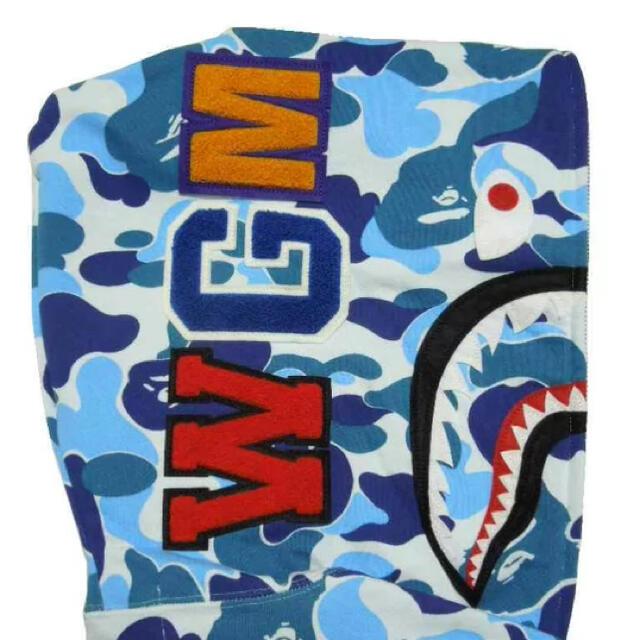 A BATHING APE(アベイシングエイプ)のA BATHING APE(エイプ) ABC CAMO SHARK FULL  メンズのトップス(パーカー)の商品写真