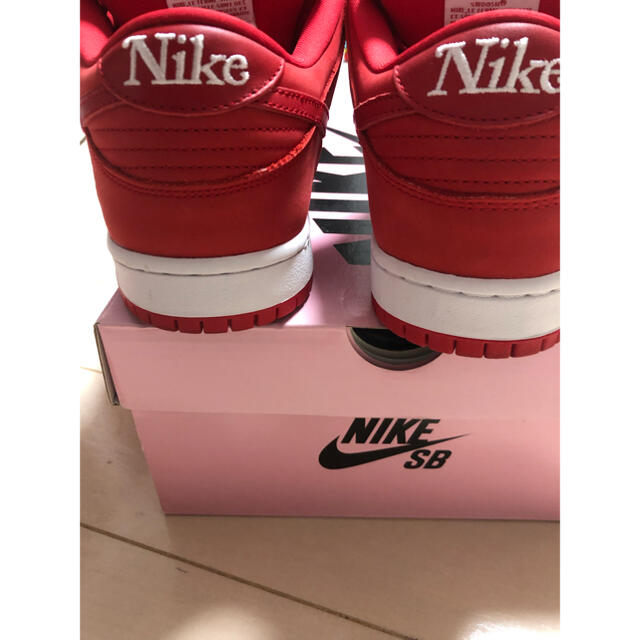 NIKE(ナイキ)のnike sb dunk low pro qs girls don't cry メンズの靴/シューズ(スニーカー)の商品写真