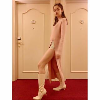 ロキエ(Lochie)のslit rib knit onepiece baby pink epine(ロングワンピース/マキシワンピース)