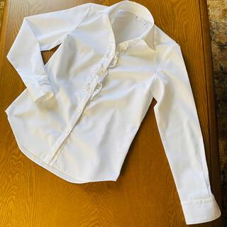 スーツカンパニー(THE SUIT COMPANY)の未着用美品 The Suit Company 長袖フリルシャツ サイズ38(シャツ/ブラウス(長袖/七分))