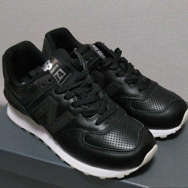 New Balance(ニューバランス)の新品14080円☆New Balanceニューバランススニーカー22.5cm 黒 レディースの靴/シューズ(スニーカー)の商品写真